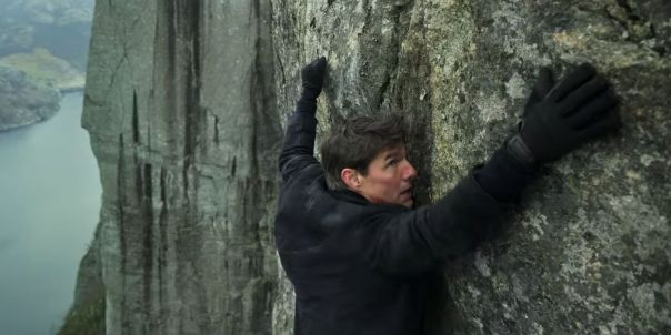 Tom-Cruise-in-Mission-Impossible-Fallout-cliff